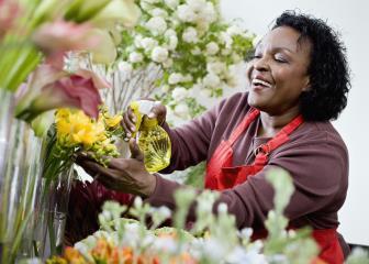 floral designers image
