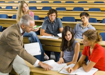 postsecondary teachers image