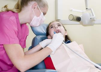 dental hygienists image